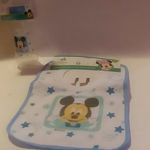 DISNEY BABY BIB & BOTTLE SET